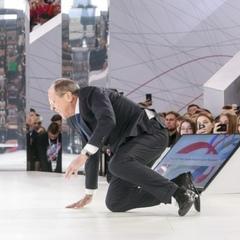 З міністром закордонних справ Росії стався курйоз (відео)