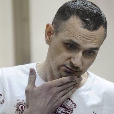 Сенцов написав у листі про погіршення стану здоров'я - сестра