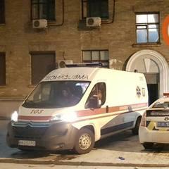 У Києві в під'їзді застрелили людину (фото)