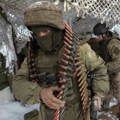 На Донецькому напрямку ворог застосував гранатомети по наших укріпленнях неподалік населеного пункту Опитне - штаб