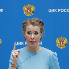 Собчак передала Путіну прохання про помилування Сенцова і Кольченка
