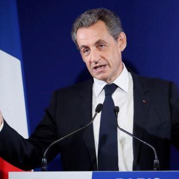 У Франції затримали екс-президента Саркозі