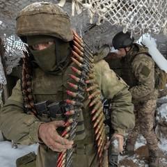 Бойовики порушують перемир'я на Донбасі, - штаб