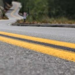 Міста зв'яжуть хорошими дорогами - прийнята програма на 300 мільярдів
