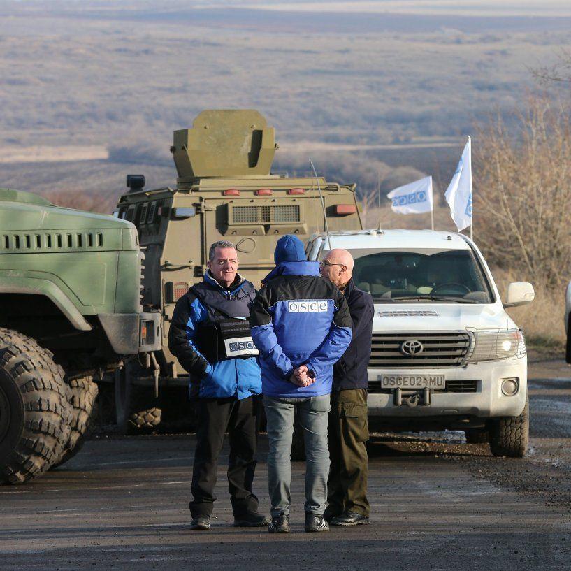 Спостерігачі ОБСЄ за добу зафіксували на Донбасі понад 140 вибухів
