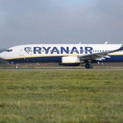 Ryanair повертається: стало відомо, коли і куди літатиме лоукостер з України
