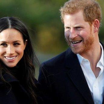 Стало відомо, як виглядають весільні запрошення Меган Маркл і принца Гаррі (фото)