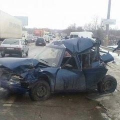 У Харкові в ДТП зіткнулися одразу 6 авто (фото)