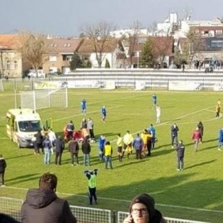У Хорватії під час матчу помер футболіст (відео 18+)