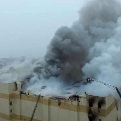 Пожежа в Кемерові: десятки людей згоріли в торговому центрі (фото, відео)