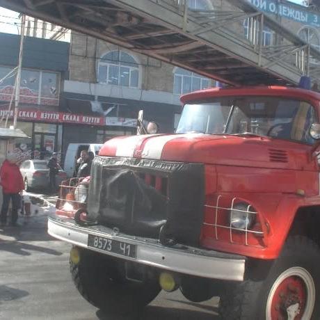 У Харкові горів торгівельний центр, евакуювали 31 людину