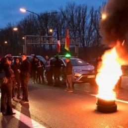 У Брюсселі таксисти протестують проти конкурентів з Uber