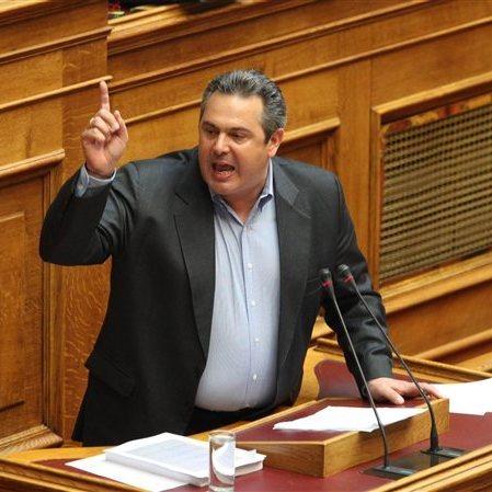 Глава Міноборони Греції висунув умову для вирішення суперечки з Македонією