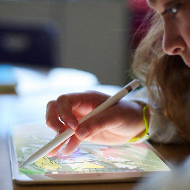 Компанія Apple презентувала новий 9,7-дюймовий iPad