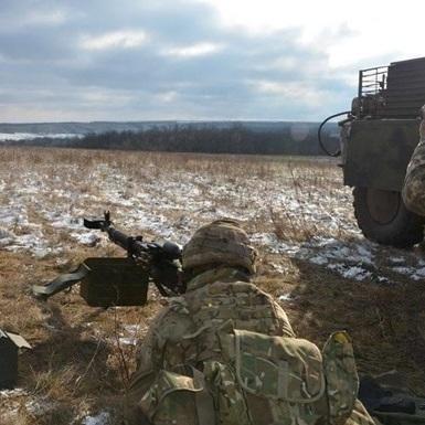Бойовики 24 рази обстріляли позиції АТО з мінометів, гранатометів і БМП