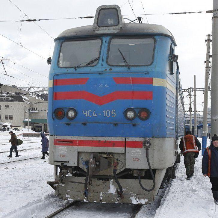Провідники тепер не прибиратимуть у потязі