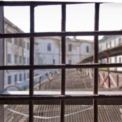 З СІЗО в Харкові втік підозрюваний-рецидивіст