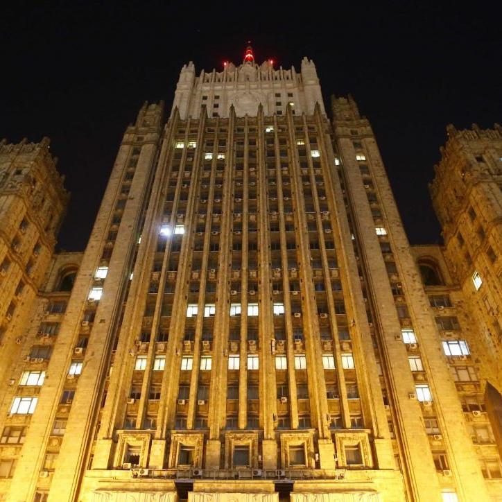 Росія вирішила вислати 13 українських дипломатів