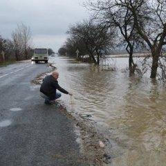 Складна погода на вихідні: в яких областях України варто бути обережними