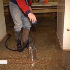 У Дніпрі шкільну їдальню затопило грунтовими водами