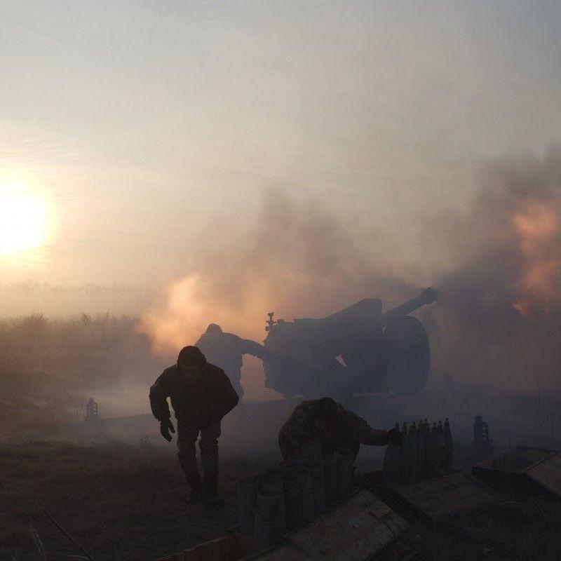 За минулу добу бойовики здійснили 11 обстрілів позицій ЗСУ: двох військових поранено
