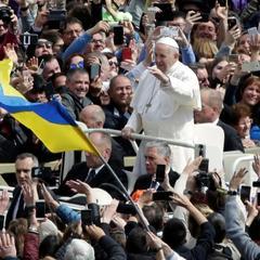 Папа Римський Франциск попросив «плодів миру» для України