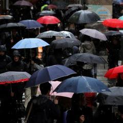 Прогноз погоди на 2 квітня: Україну заллють дощі та мокрий сніг