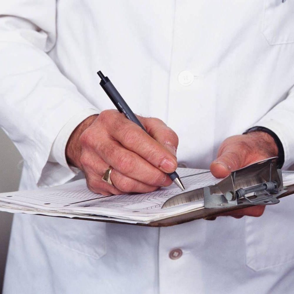 Відсьогодні українці можуть обирати свого сімейного лікаря: покрокова інструкція