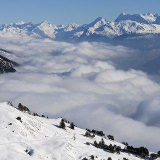 У Франції в результаті сходу лавини загинув лижник, є поранені