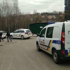 У центрі Києва невідомі влаштували стрілянину і побили іноземця – поліція