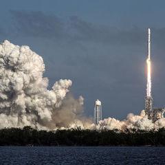 Компанія SpaceX запустила ракету Falcon 9 із космічним кораблем Dragon