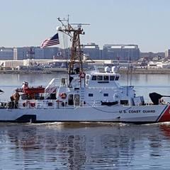 США передасть Україні патрульні катери Island