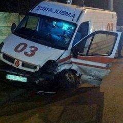 У Харкові «швидка» потрапила в ДТП: двоє загиблих, троє поранених