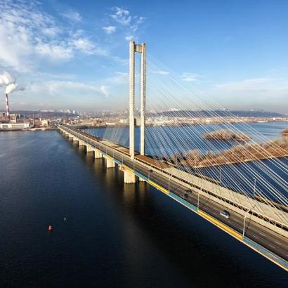 У Києві на три дні обмежать рух Південним мостом