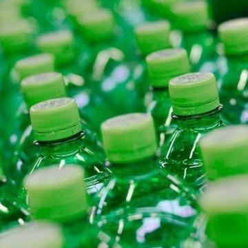 Британія вводить податок на цукор у безалкогольних напоях