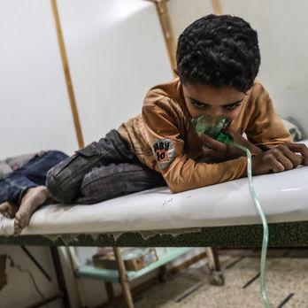 Щонайменше 70 людей загинуло внаслідок хіматаки в Сирії, сотні постраждали