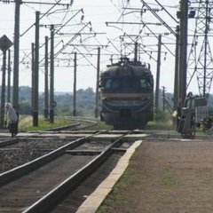 У анексованому Криму електричка протаранила маршрутку: є загиблі
