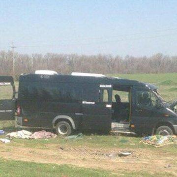 Зросла кількість загиблих через зіткнення електрички і маршрутки в Криму: фото та відео трагедії