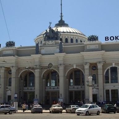 Укрзалізниця змінила графік курсування поїздів до Одеси