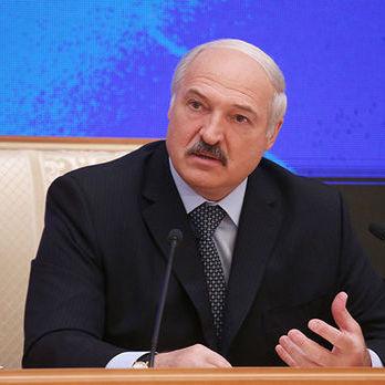 Лукашенко: Засоби масової інформації перетворили на зброю. Ця зброя потужніша, ніж ядерна