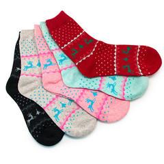 Нацбанк вирішив закупити зимових і літніх шкарпеток майже на 37 тисяч гривень