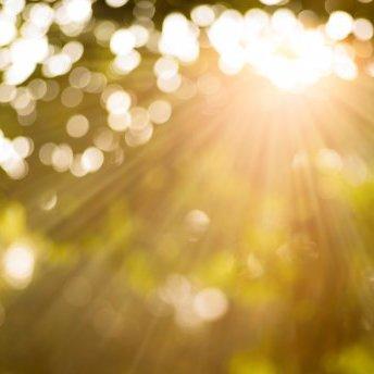 Прогноз погоди на 15 квітня: тепла і сонячна неділя тішитиме українців