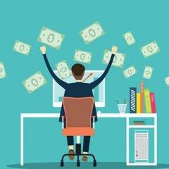 Скільки можна заробити, працюючи фрілансером в Україні: топ професій