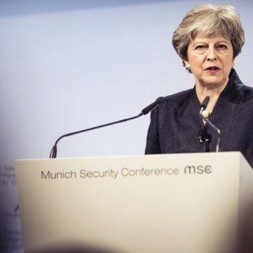 Мей пояснила, навіщо Британія долучилась до авіаударів по Сирії