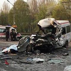 Страшна ДТП у Кривому Розі: загинуло 8 людей (фото)