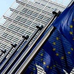 Єврокомісія рекомендувала розпочати переговори щодо прийняття двох країн в ЄС