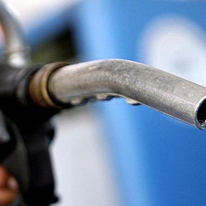 У Кабміні обіцяють не допустити підвищення цін на бензин