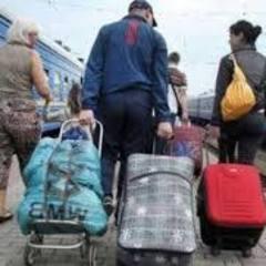 Соціологи розповіли про проблеми українських заробітчан: сім'ї не бачаться роками, під ударом їхня психіка