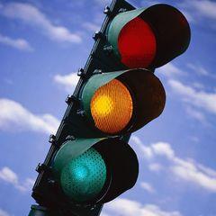 В Укравтодорі проти скасування жовтого сигналу світлофору