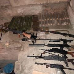 У Києві викрили міжнародне угруповання торгівців зброєю (фото, відео)